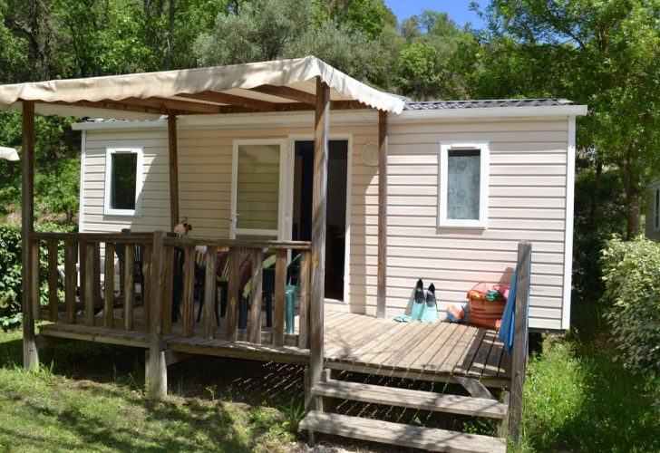 Camping-Fauvettes-Domino-Exterieur